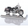 LOUIS Модель мотоцикла HD CUSTOM 1999 FLHR ROAD KING 1:18